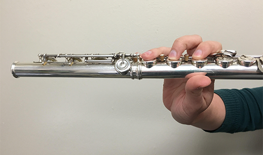 Flute Technique and the Awkward Right Thumb - image 5