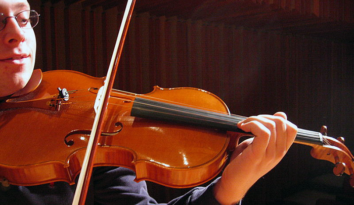 Recruiting and Developing Violists in your School Orchestra